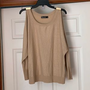 New York company cold Shoulder sweater gold